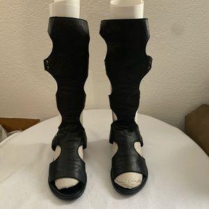 STUART WEITZMAN BACKVIEW GLADIATOR LEATHER Sandal5